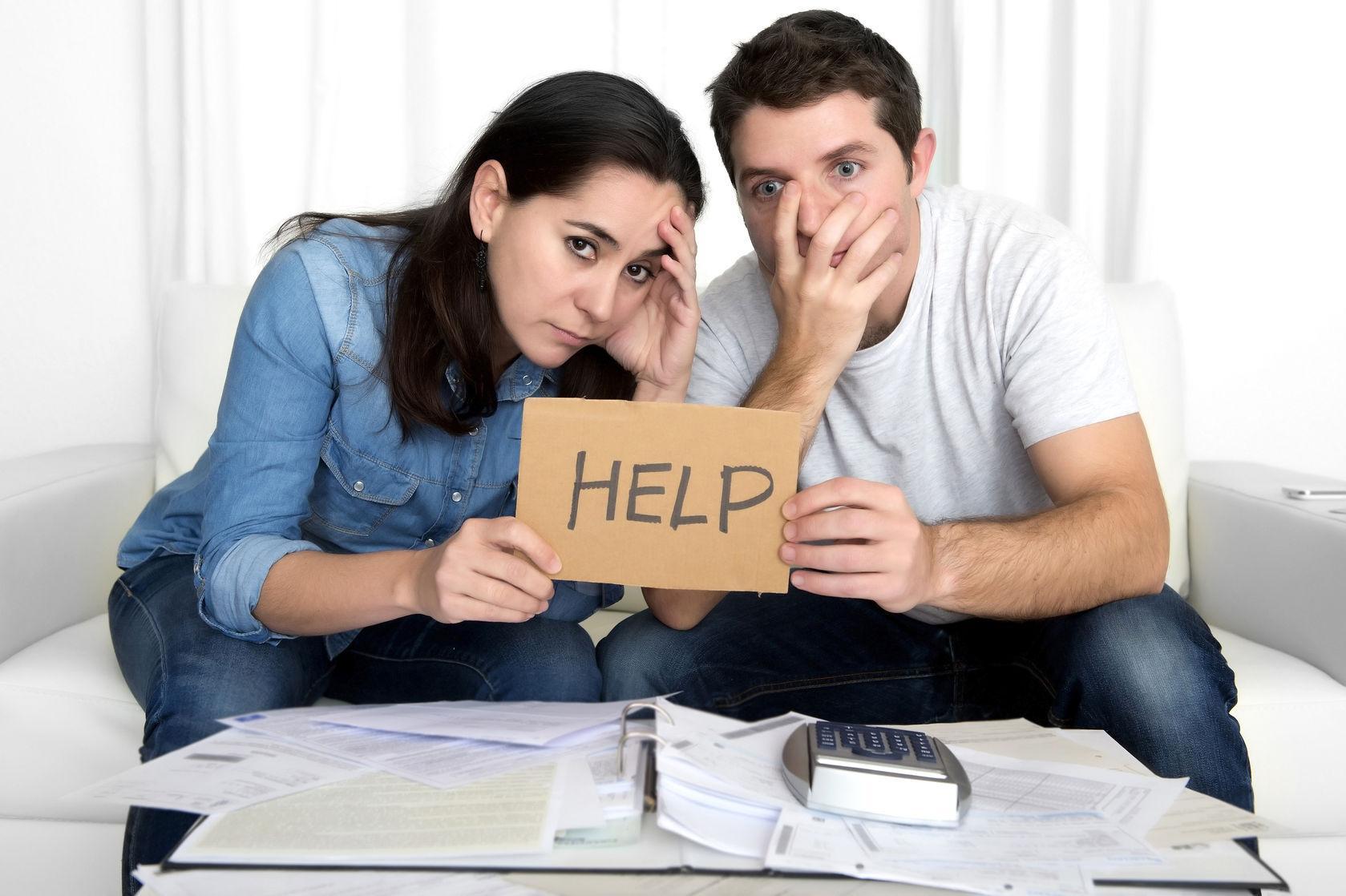 Жена брала кредит без ведома мужа